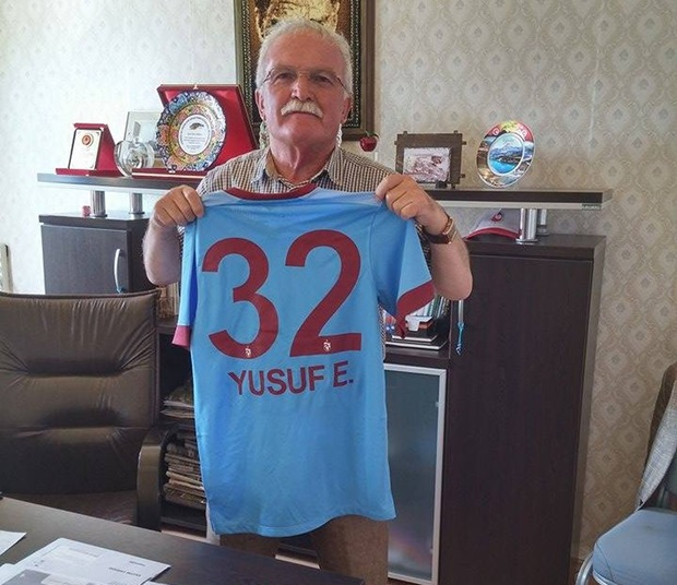 yusuf erdoğan imzalı forma
