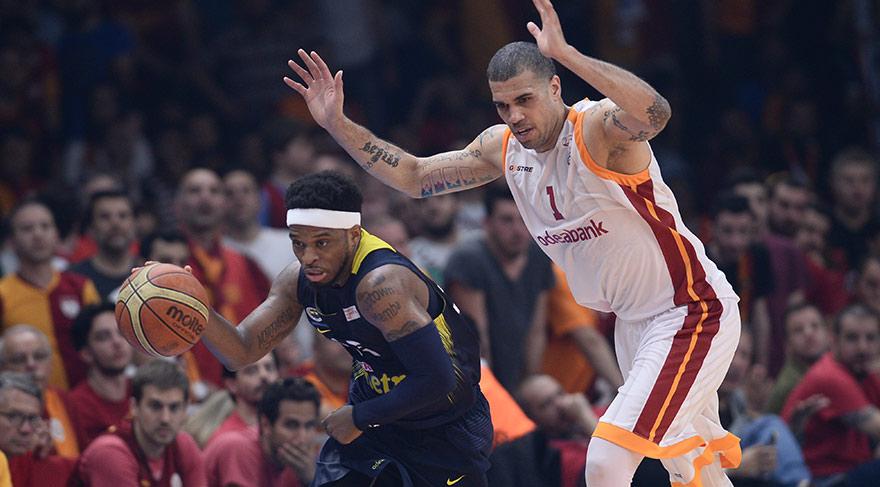 Galatasaray'ın derbi faturası kesildi!