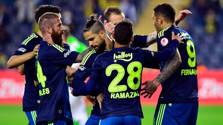 Fenerbahçe güle oynaya finalde!