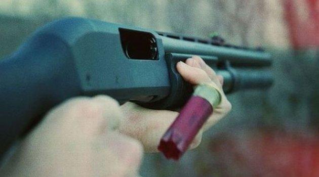 Tüfek ateş aldı, parmakları koptu