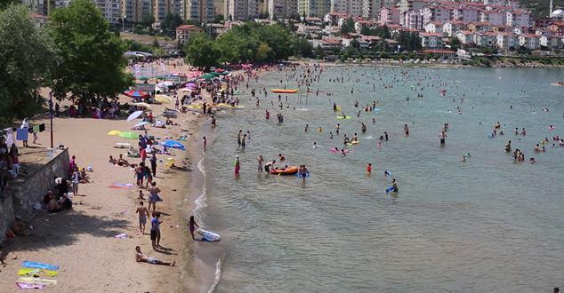 Bedre Plajı tatilcilerin gözdesi oldu