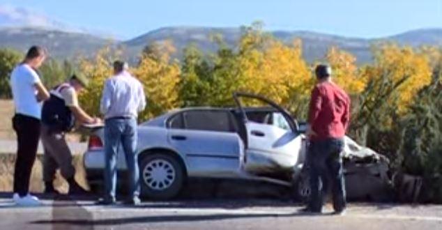 Eğirdir yolunda kaza : 2 yaralı