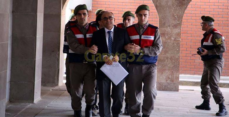 Isparta'da 21 sanıklı FETÖ davası başladı
