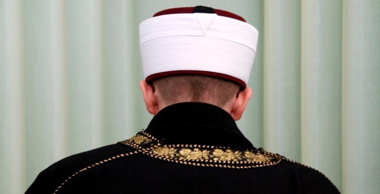 Isparta'da Cami İmamı FETÖ / PDY'den tutuklandı