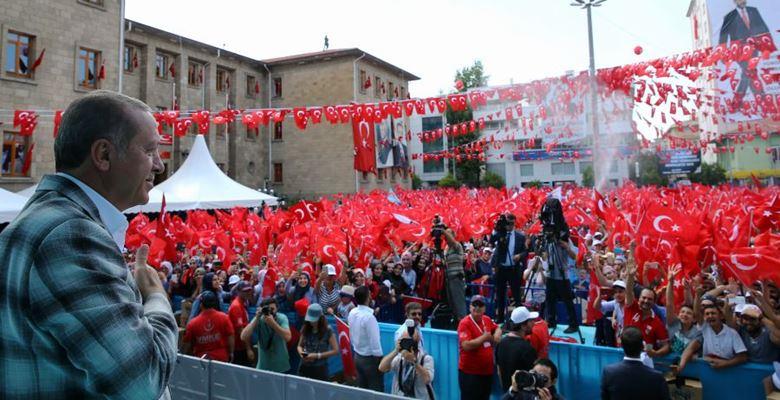 Cumhurbaşkanı Erdoğan, Isparta 'da vatandaşlara hitap etti
