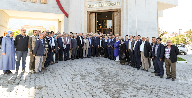 Başkan Günaydın'dan 'Kardeş Muhtarlık' teklifi