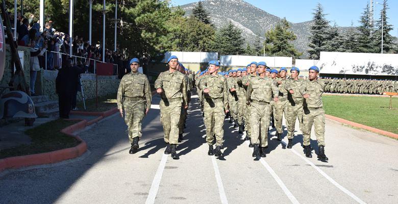42. Dönem Uzman Komandolar brövelerini taktı