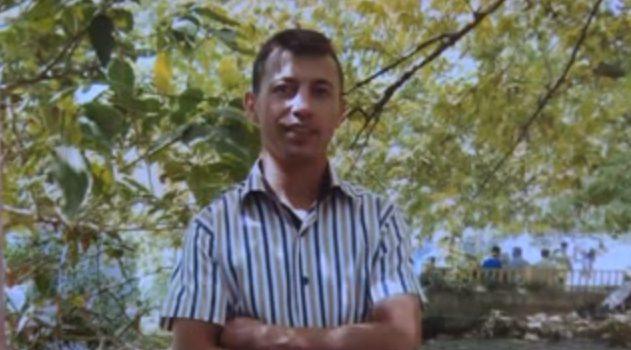 Cesedi Sav Kasabası'nda çayın içinde bulundu