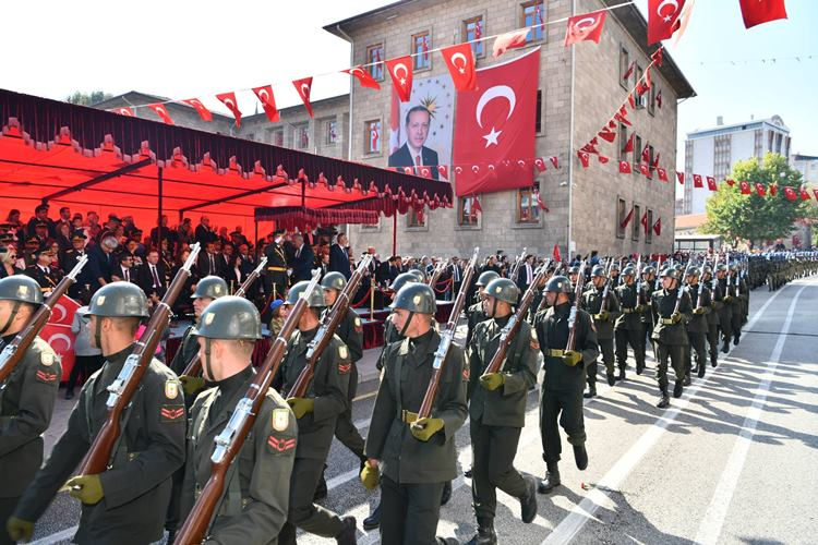 Isparta'da Cumhuriyet Bayramı Coşkuyla Kutlandı