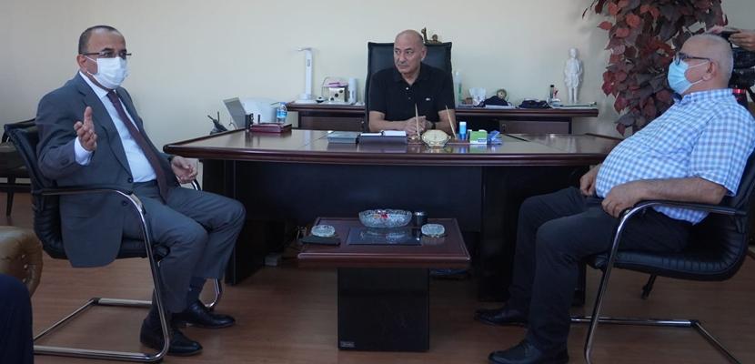 Başkan Tural'dan Onursal Başkan Aybatılı'ya ziyaret