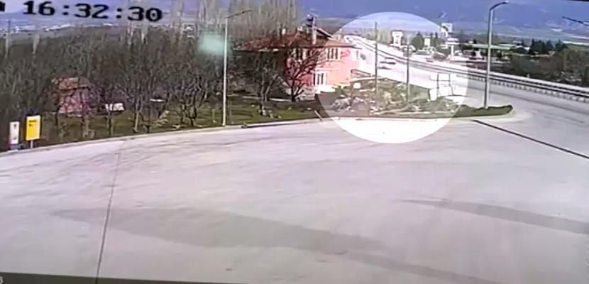 Acil Tıp Uzmanı Doktorun Hayatını Kaybettiği Kaza Kamerada